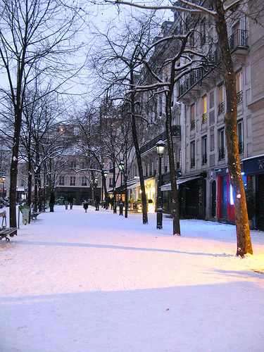 Paris-Snow-1-500